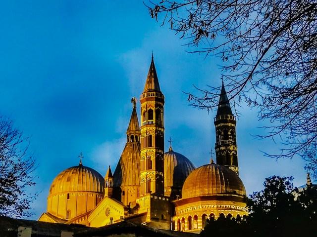 Padova Basilica 01